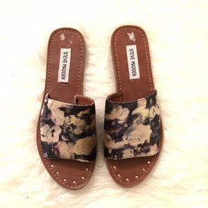 NWOT Steve Madden Mishelle Floral Velvet Sandals